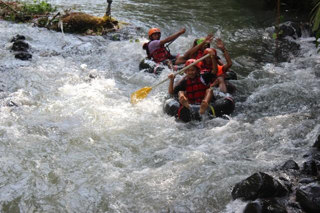 Wisata Tubing yang sedang hits di Kabupaten Magelang